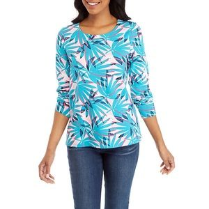NWT! Crown & Ivy Palm Bow Back Top